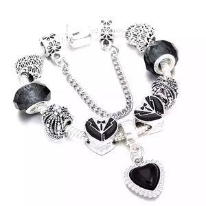 Jewelry - Brand New Heart Tuxedo Charm Bracelet